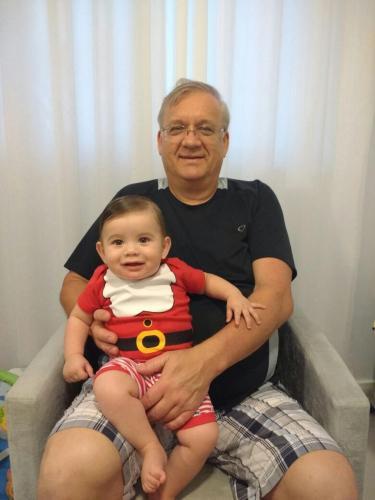 Rodolfo e o neto Theo