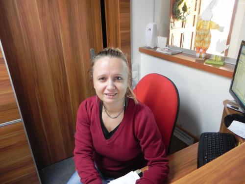 Petra Chlupová, recepční