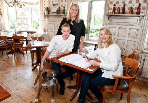 Ulrike, Mats und Caro