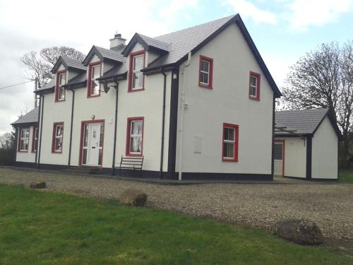 Willowfarmhouse, Self Catering Accommodation