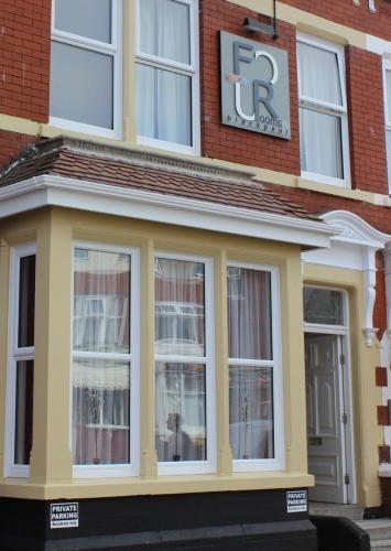 FourRooms Bed and Breakfast Frontage