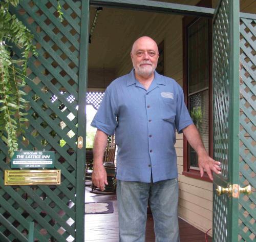 Jim Yeaman, Innkeeper