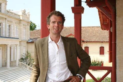 Alexander van Beek - General Manager
