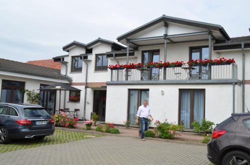 Hotel-Pension Pastow