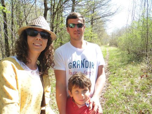 Flora, Julien et Constant