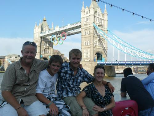 Eric, Liam, Jordy en Edith
