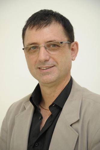 Dietmar Henrich