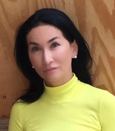 Kathrin Helmis