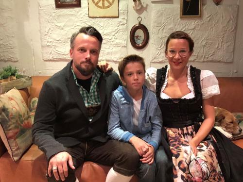 Melanie, Louis und Sascha Ballheim