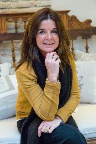 Gracia Rivas, Directora