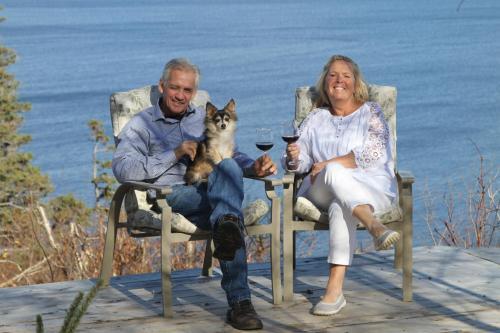 Tom and Eva