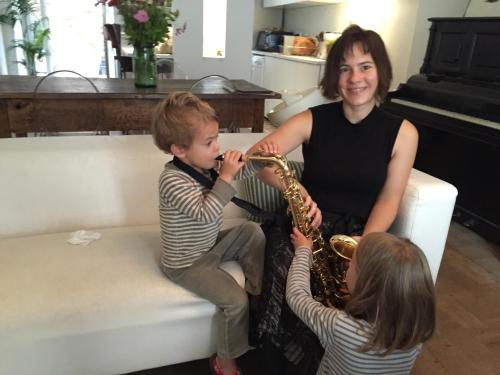 Astrid et Aquilino, et leurs enfants Ciel, Hélio et Aura