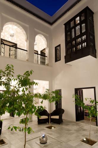 Grand courtyard Riad Sapphire