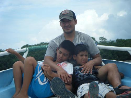 Disfrutando Junto a mis Hijos