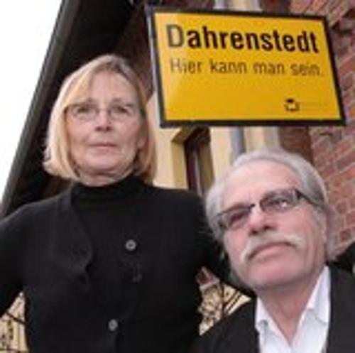 Monika von Puttkamer und Hejo Heussen, Ihre Gastgeber