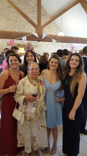 Karen, I'm the one in the background, with my mother and daughters