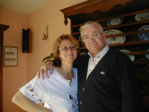 MARIE MICHELLE  &  JEAN PIERRE