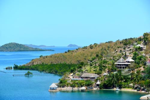 Ekhaya Private Villas & Suites , Dive Centre , F&B service , Tours ,mAssage