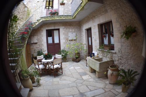 Erice Pietre Antiche Residence
