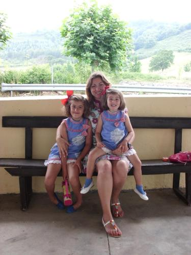 Mis dos hijas y yo.