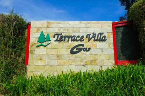 Terrace Villa Golf - Cisarua