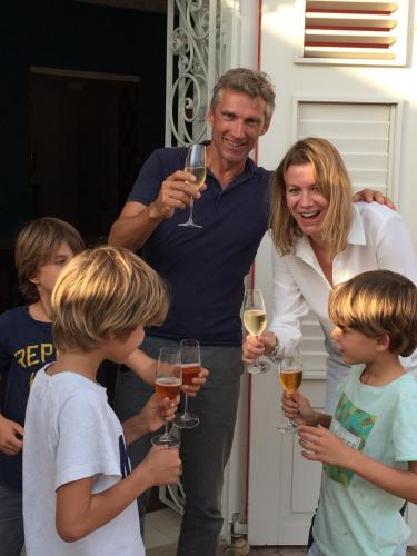 The owners Arriën and Maike with their three sons