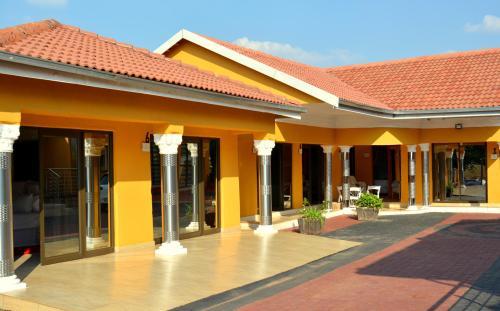 Sela-Mod Village Guest House