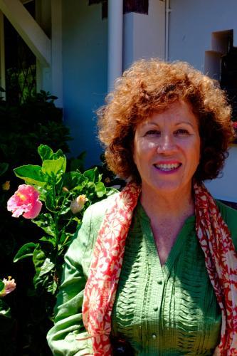 Dina Lewis