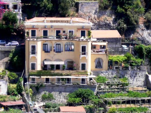 Palazzo Margherita Posiatno
