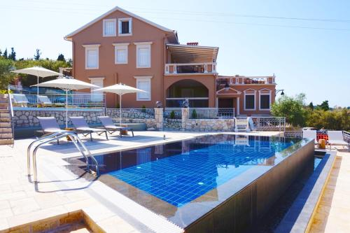 Faros Residence Adults Only