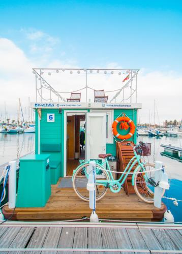 Boat Haus - Mediterranean Experience