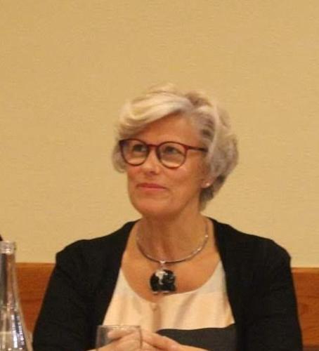 Aida Santos