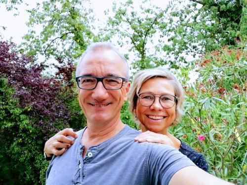 Kristin & Bernhard Schäfer freuen sich auf erholungssuchende NaturliebhaberInnen