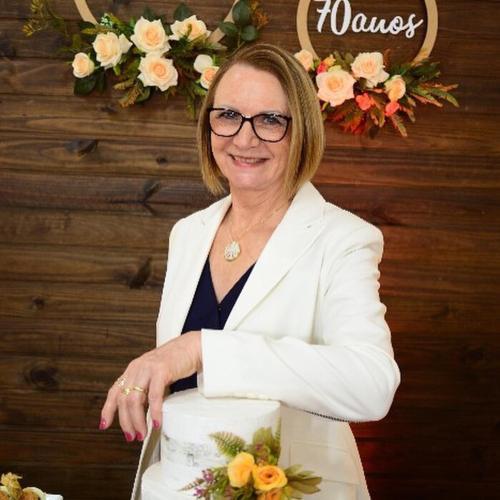 Marlene Hoss