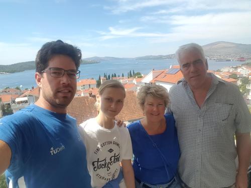 Anton, Esme, Mark