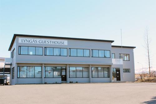 Lyngas Gueasthouse