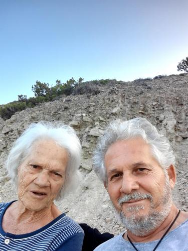 The owner Pavlos Daskalakis with his mother Dimitra (89) !!!!